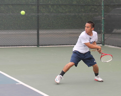 Men's tennis battle through for close win