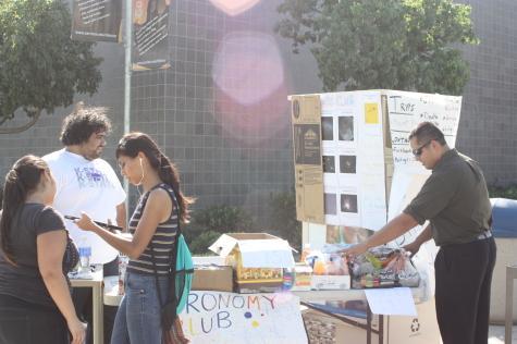 Astronomy club hosts fundraiser for Joshua Tree trip