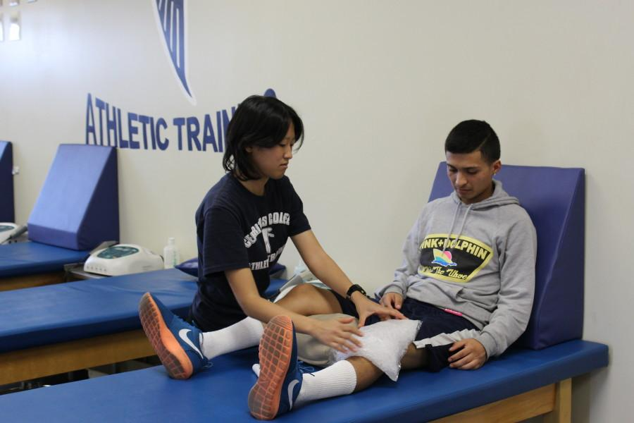 Student-athletic trainers help athletes reach potential