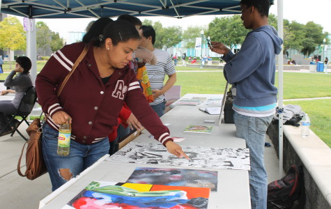 The first ever art walk on campus takes place