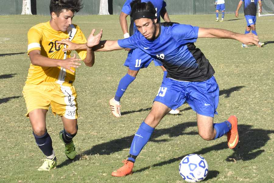 Men's soccer defeats Los Angeles Harbor