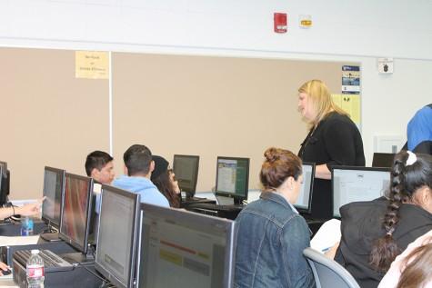 Scholarship Workshop fills the room