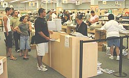 Follet takes over bookstore operation