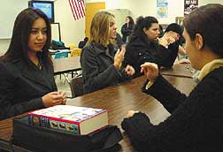 Sign language course now offered for CSU/UC credit