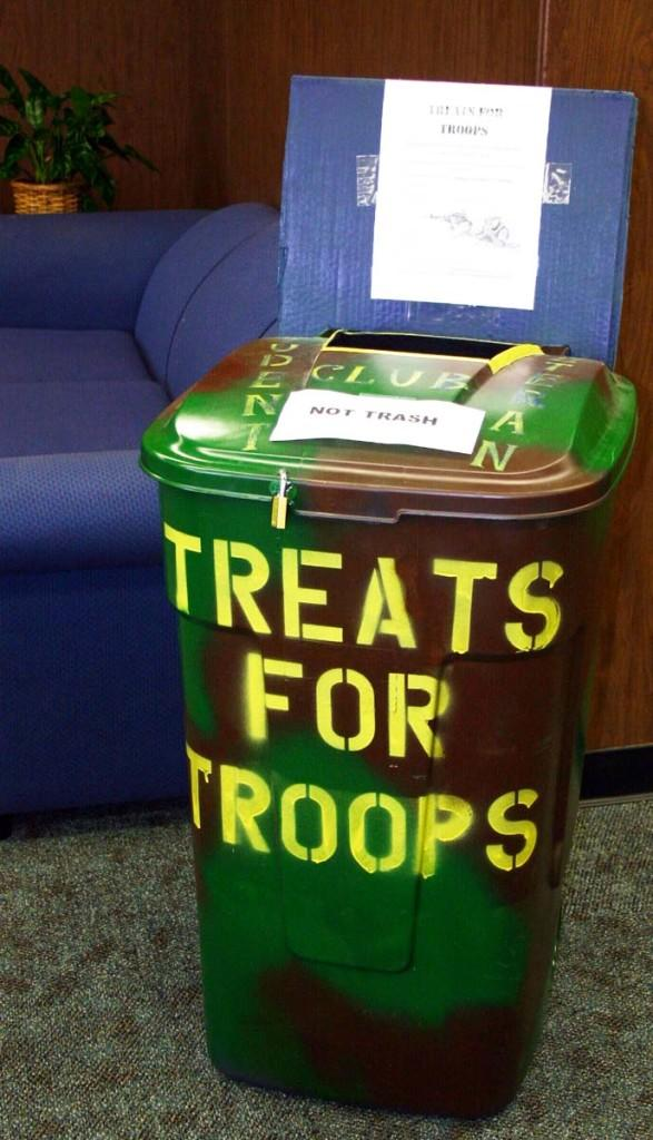 Student Veterans gather Treats for Troops