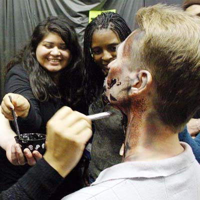 Students paint the scare in Knott's Scary Farm