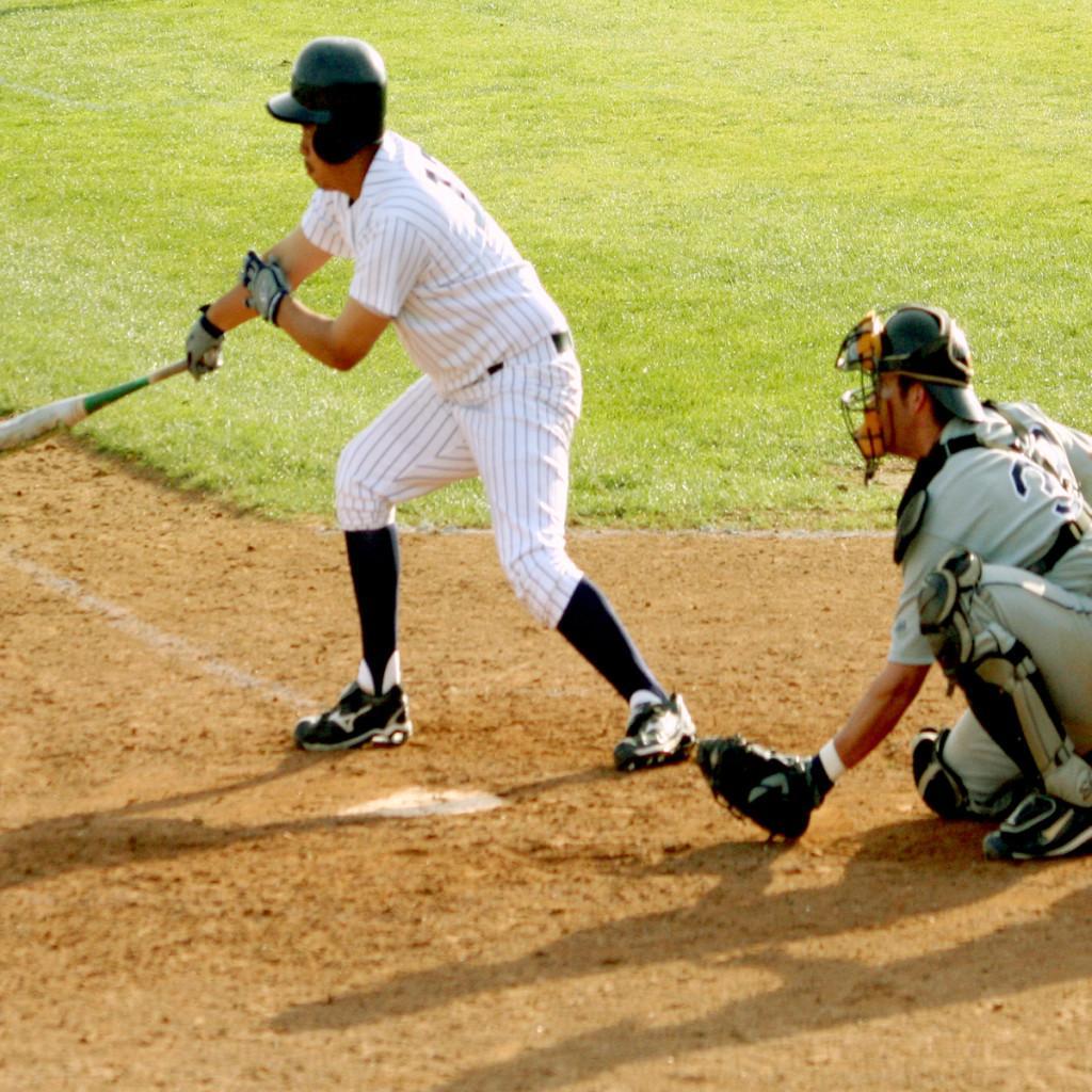 Fielding fails baseball team in loss