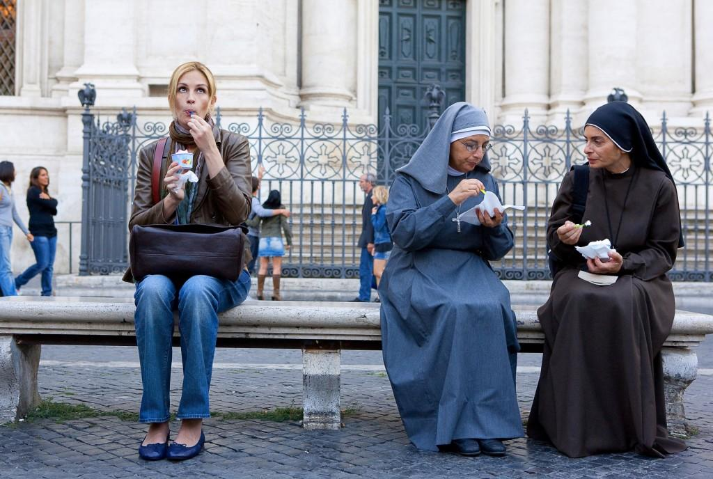 Julia Roberts as Elizabeth Gilbert in Clumbia Pictures Eat Pray Love.