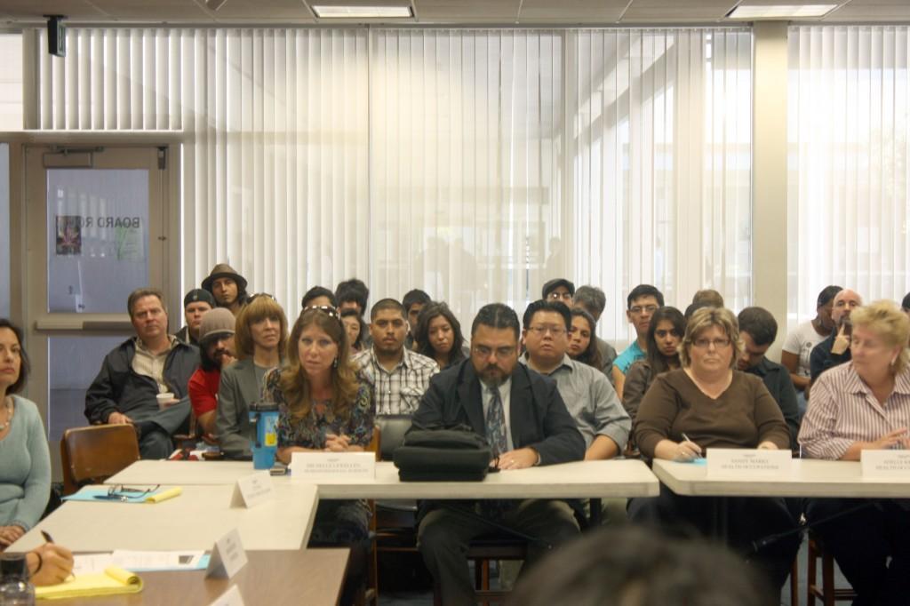 Faculty Senate addresses summer session