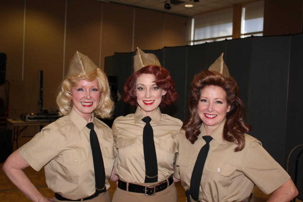 The Swing Dolls provided live performances thoughout the night. They sang the sevice songs from each branch of the military as students from that branch were recognized.