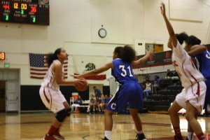 Women's basketball streak snapped