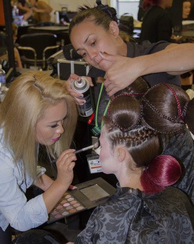 Cerritos College Cosmetology Department has open house, shows off student work
