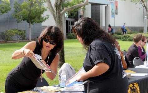 Mini University fair offers students information on transferring