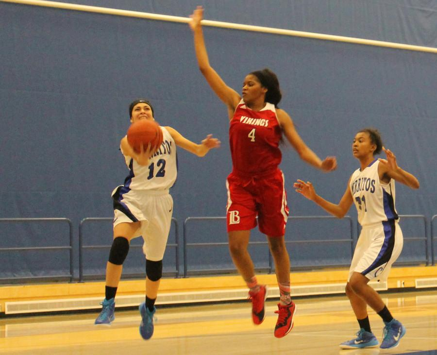 Falcons pull out close win against Long Beach City