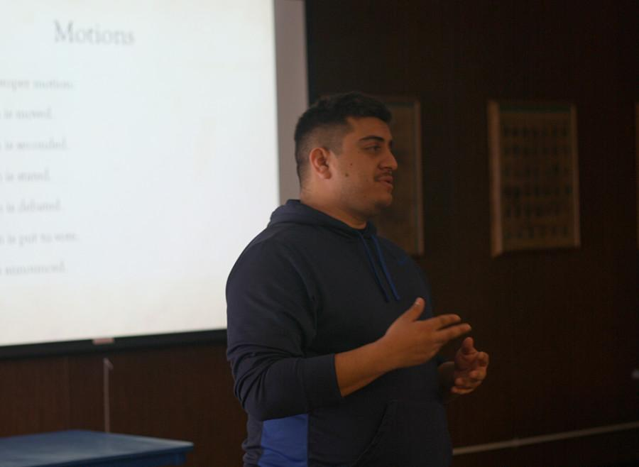 Assistant to the Dean of Student Activities Daniel Gomez gives a presentation to Cabinet members about the Brown Act and parliamentary procedures. Gomez stressed the importance of transparency in student government. Photo credit: Gustavo Lopez
