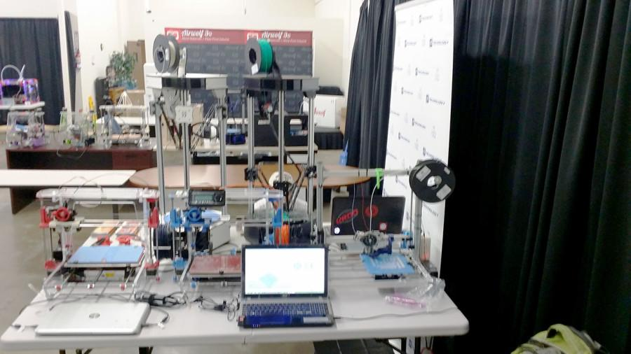 A workstation used by some of the members used at the Airwolf 3D event. Multiple types of printers were used in the event, giving the team more experince with the machines.