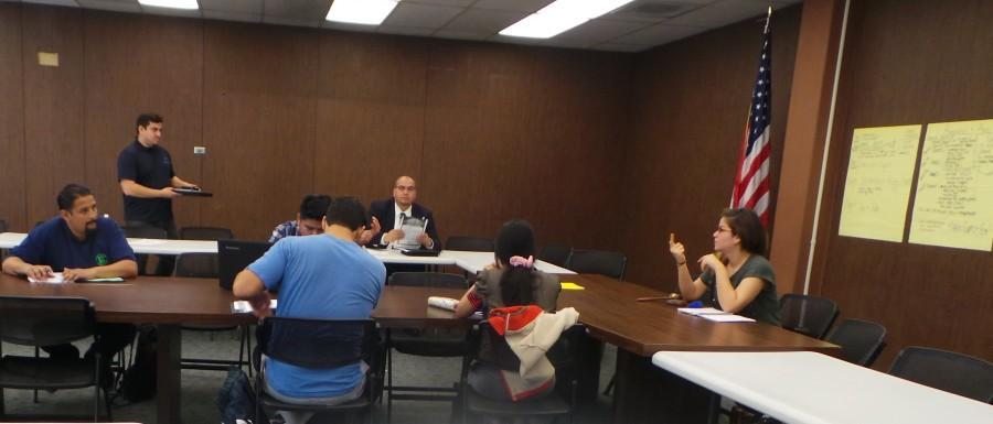 Feb.+10+2015+ASCC+court%2C+Chief+Justice+Alejandra+Lopez+and+advisor+Gilbert+Contreras.+Photo+credit%3A+Perla+Lara