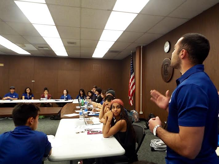 ASCC President Miles Aiello voiced his concerns to Senate about the recently approved paid position of student affairs assistant. Some Senators felt like there was no transparency in the process, which brought Aiello to announce he has no issue with posting his office hours if anyone has questions. Photo credit: Yasmin Cortez