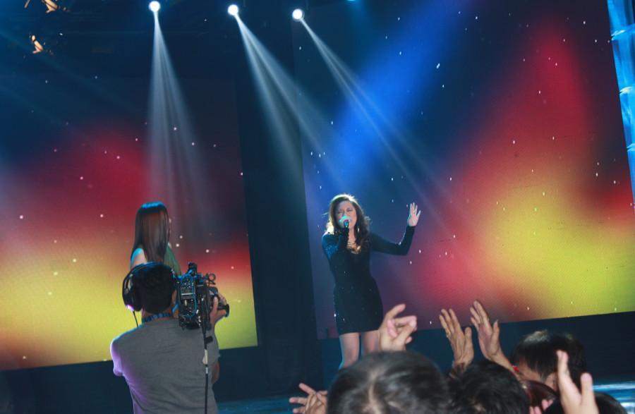 Beatriz+%22Jayke%22+Reyes+performs+on+the+popular+Filipino+show%2C+ASAP.