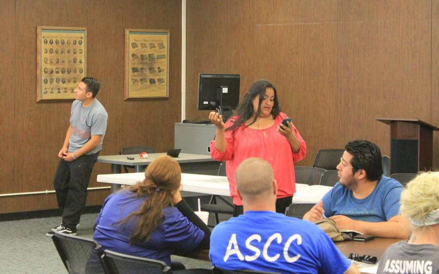 Suleyma Castillo presents the Student Life and ASCC Clubs meeting to ASCC cabinet Monday, April 13. Photo credit: Michael Garcia