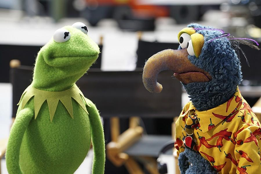 """Kermit the Frog, Gonzo the Great and the rest of the Muppets return to primetime this fall in ABC's """"The Muppets."""" (Eric McCandless/ABC/TNS)"""