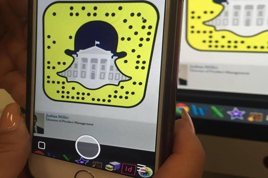 By scanning the snap code, you can instantly follow the Whitehouse on snapchat and get some behind the scenes snaps of our government.