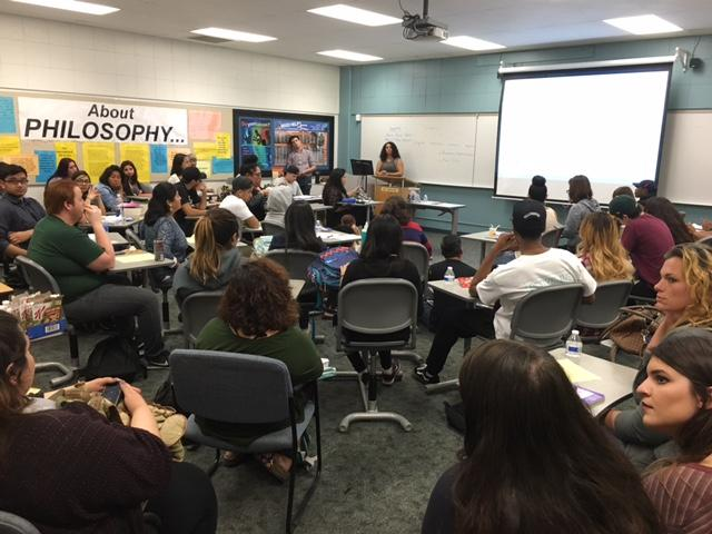 SS 137 was full with students who waited to hear about feminist theology. The workshop focused on discussing god in a way that prioritizes women's full dignity and humanity. Photo credit: Claudia Cazares