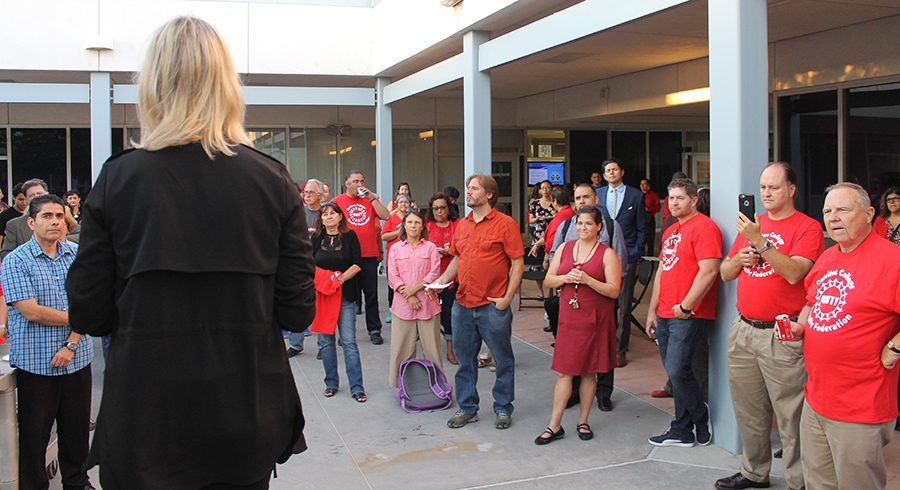 rosenblad-rallies-with-faculty