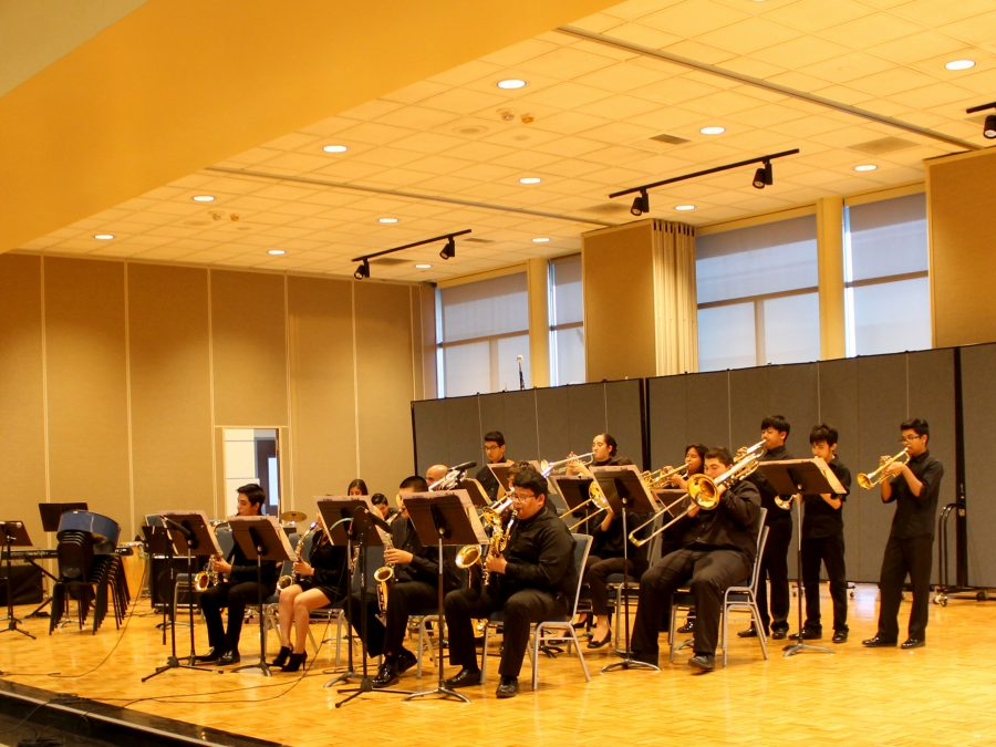 John Glenn High School jazz on ensemble in its entirety during the Jazz Exchange Concert on Wednesday, April 5 held in the Student Center. Student solos such as Giselle Gaspar's Alto Sax Solo delighted the audience. Photo credit: Dennis Osorio