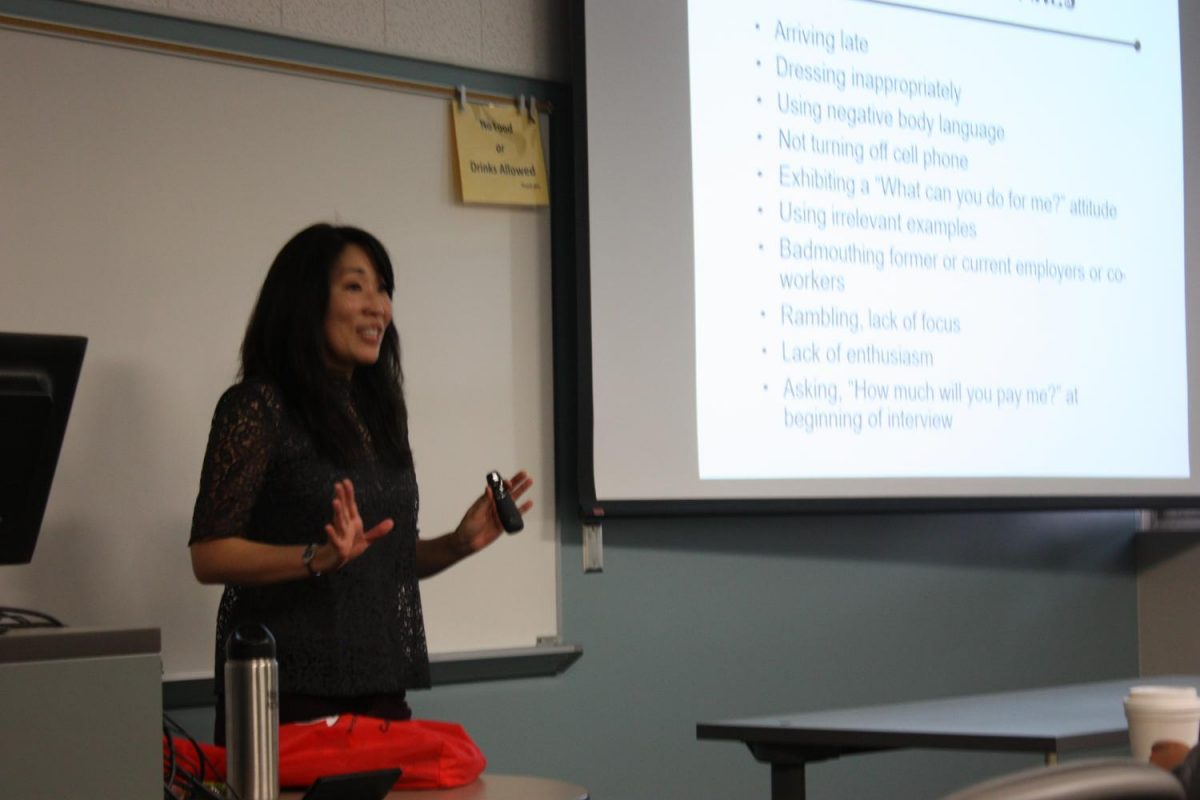 Traci Ukita, Career Counselor, shared with students interviewing skills to prepare for an interview. Photo credit: Rocio Valdez