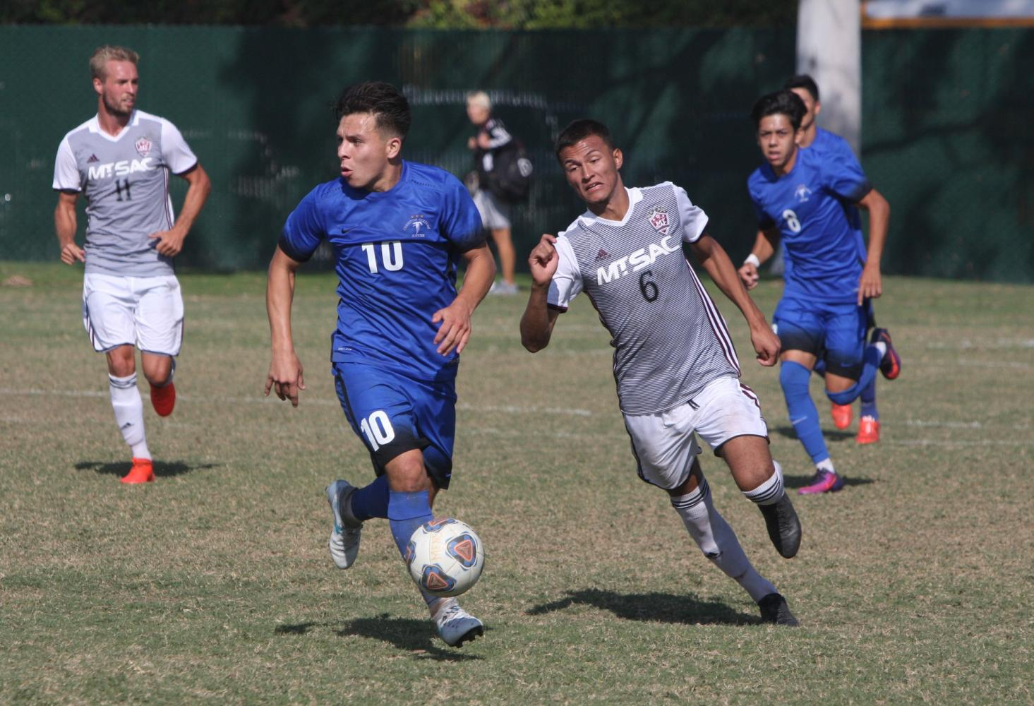 The wins keep on coming for Men's Soccer