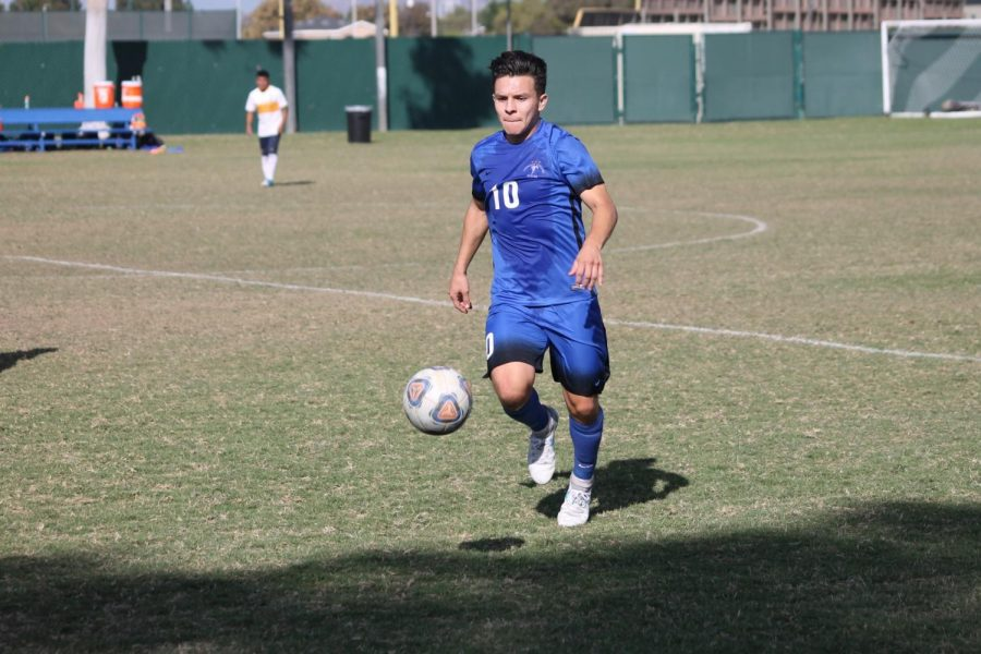 No. 10 Midfielder Luis Garcia works up a sweat in a blowout game against LA Harbor. Photo credit: Jah-Tosh Baruti