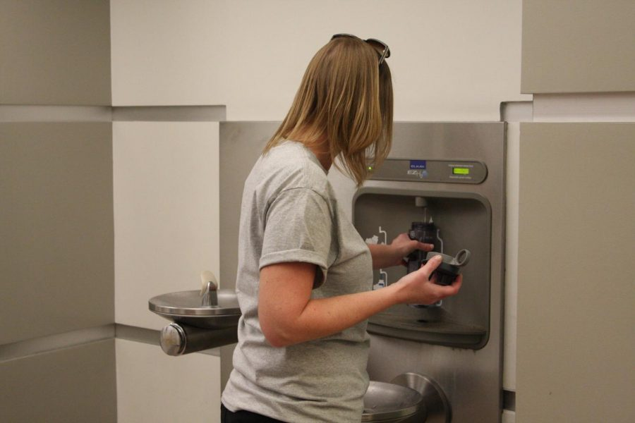 Library Ambassador Tammi Mohr filling up her water bottle with the hydration system in the Library. Cerritos College looks to but them in the Fine Art and Math buildings. Photo credit: David Jenkins