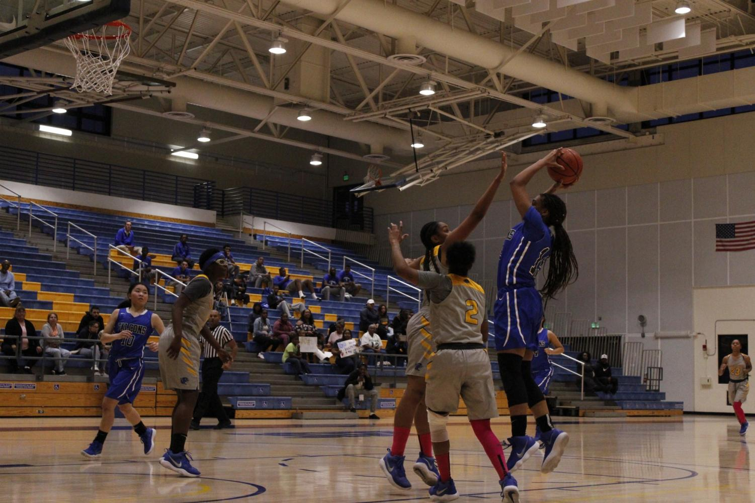 Women's basketball gets a win on the road against L.A. Southwest College