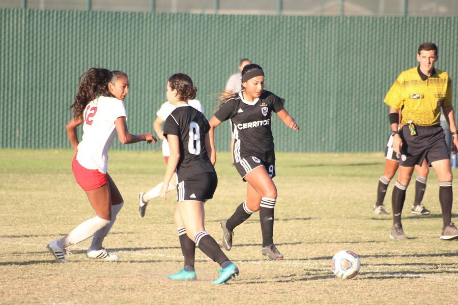Itzel Ballesteros dribbles the ball down the field in a soccer match. She played for the Falcons from 2016-18, Ballesteros signed with Lincoln Memorial University on April 16.