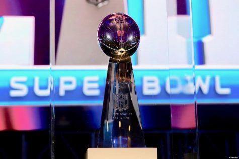 Super_Bowl_LII_trophy.jpeg