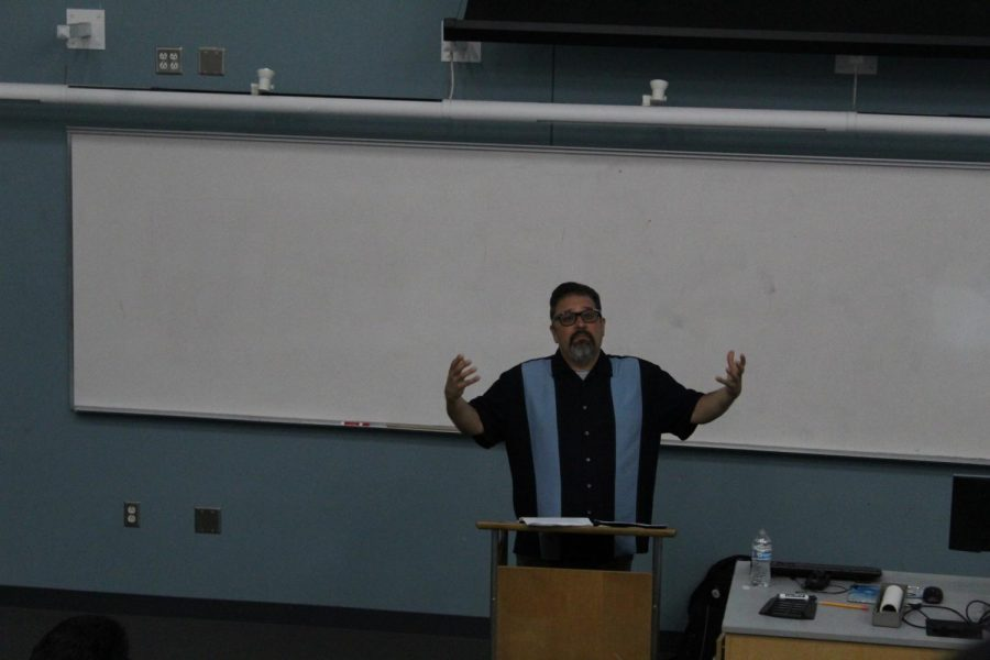 The+lecture+aimed+to+educate+students+on+the+effects+the+Vietnam+war+had+on+Chicanos+and+Latinos.+