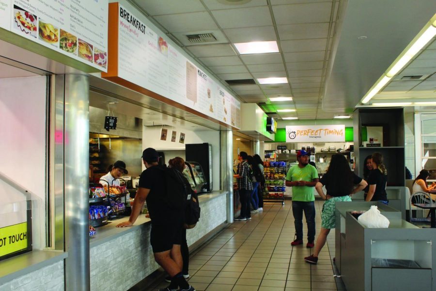 The Cerritos College food court is now home to three new vendors: Perfect Timing; The Grill at La Mesa; and Healthy Blender. The update offers a wider variety of quality food, ranging from Asian cuisine to smoothies.