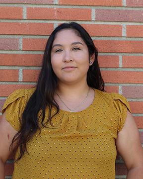 Rebecca Aguila