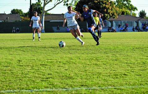 Women's soccer team scores early in a slow game