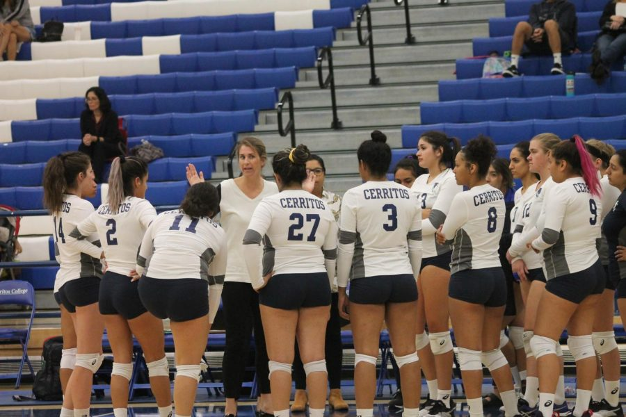 It+was+a+close+game+for+the+Women%27s+Falcon+volleyball+team+vs+Pasadena+City%27s+Lancers%3B+8-15.