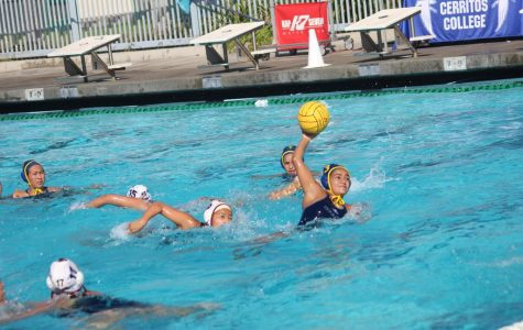 Cerritos College player is getting ready to strike the ball in the net. The game end up in favore of Cerritos by 15-1. Photo credit: Abel Montoya