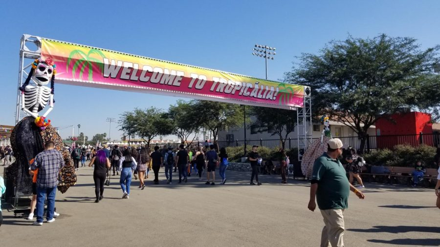 Tropicalia+Festival+was+held+on+Nov.+9th+and+10th+at+the+Fairplex+Pomona.+People+arrive+at+11+a.m.+to+see+their+favorite+artists+and+eat+food.+
