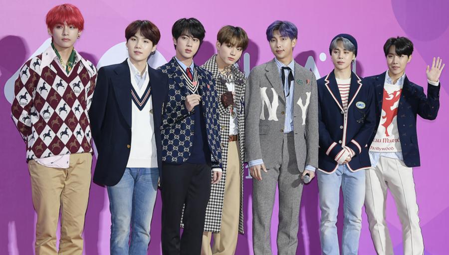 BTS at the 2018 MelOn Music Awards. Photo from Flickr: TV10/TenAsia - DanielleTH (talk | contribs)