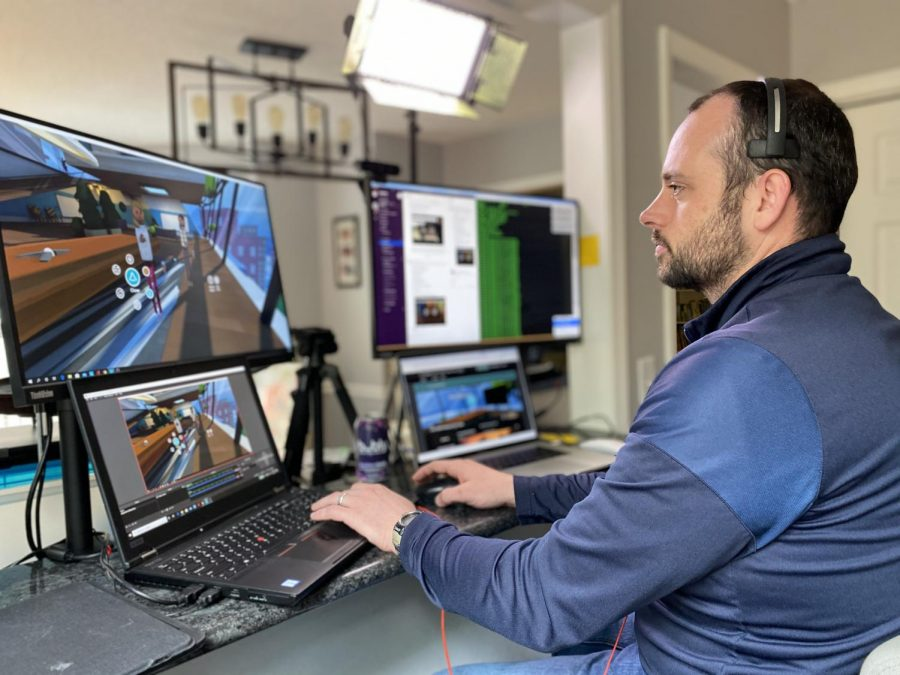 The coronavirus forced UNC Chapel Hill, associate professor Steven King, to switch to online classes. He sent VR headsets to students and built a classroom to teach and interact with his students in virtual reality for the spring 2020 semester. (Amy M. King/TNS)