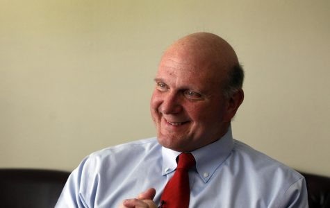 Los Angeles Clippers owner Steve Ballmer in a 2014 file image. Ballmer closed on a $400 million purchase of the Forum from Madison Square Garden Co., settling a dispute that started when the Clippers announced their arena project in June 2017. (Rick Loomis/Los Angeles Times/TNS)