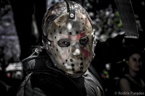 A cosplay of Jason Voorhees from the 2014 Zombie Walk. Photo credit: Image by Rodrigo Paredes from Ciudad Autónoma de Buenos Aires, Argentina - Jason - Zombie Walk 2014 - 16112014, CC BY 2.0/Wikimedia Commons