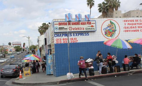 On April 25, Beverly Boulevard was bustling with vendors and visitors. Weekend mornings are usually the busiest time of day for the many Central American businesses and vendors in the area.