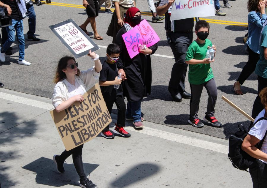 Hannah Baker, 30, was one of hundreds of Jews that marched alongside Palestinian supporters on May 15. Baker expressed strong opposition to the ongoing Nakba.