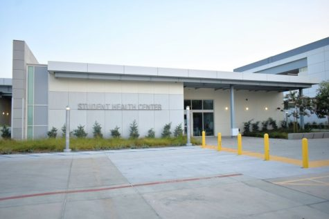 Cerritos College student health services are offering the Moderna vaccine for students. The college will mandate that all students and faculty are fully vaccinated by Thursday, Sep. 30, 2021 Photo credit: Vincent Medina